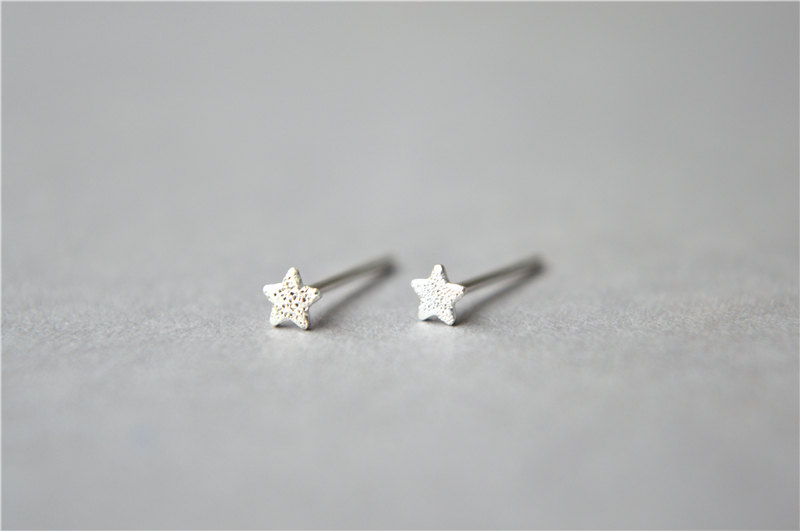 Super Mini Tiny 925 Sterling Silver Star Stud Earrings 3mm Small Sanded Surface D343