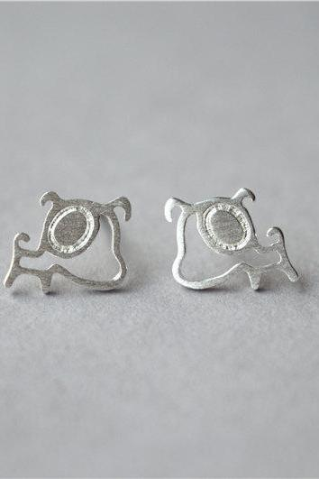 Dog 925 sterling silver stud earrings, tiny cute pair, to show your love for your pet(D300)