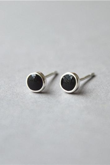 Silver circle round dot 925 sterling silver black stud earrings, minimalist simple small basic stud earrings (D360)